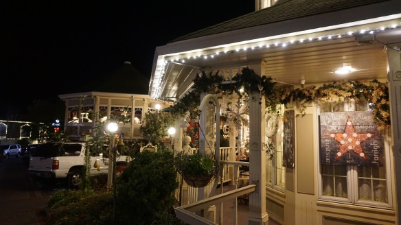 Christmas decorations at The Apple Farm Inn